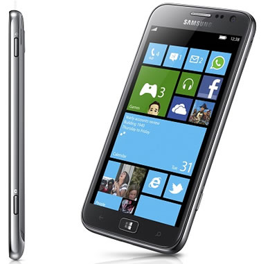 Samsung Beats Nokia As The First Manufacturer to Announce a Windows Phone 8 Handset